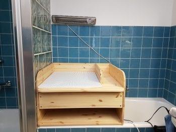 wickelaufsatz mit schieber und trennbrett f r badewanne. Black Bedroom Furniture Sets. Home Design Ideas