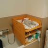 Wickelaufsatz für Badewanne mit Ablage und Zwischenboden aus Holz