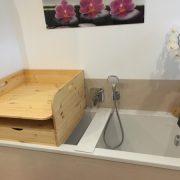 Wickeltischaufsatz für Badewanne